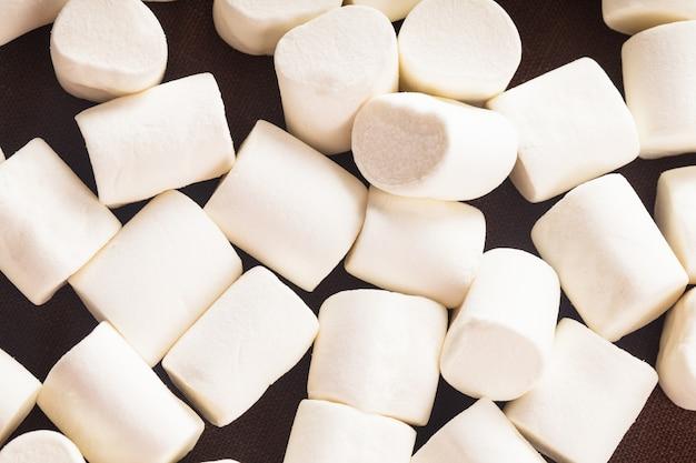 Weiße marshmallows hautnah als hintergrund