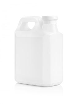 Weiße plastikgallone der leeren verpackung lokalisiert