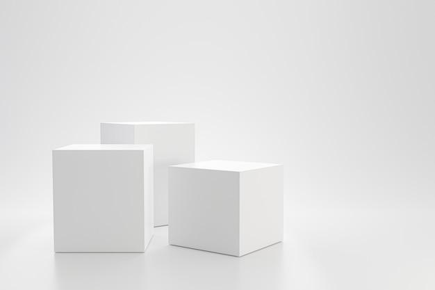 Weiße studiovorlage und würfelsockel auf einfacher wand mit produktregal. leeres studiopodest für werbung. 3d-rendering.