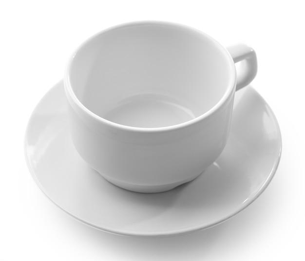 Weiße tasse lokalisiert auf weiß
