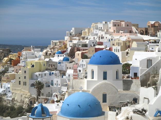 Weiße und blaue griechische inselart