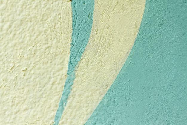 Weiße und hellblaue außentapete