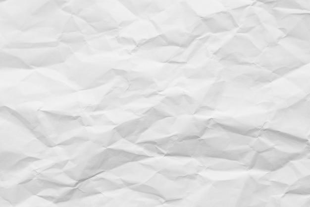 Weiße zerknitterte papierstruktur.