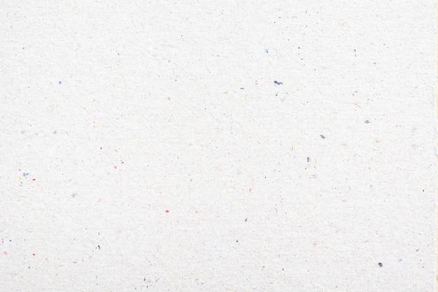 Weißer papiertexturhintergrund oder kartonoberfläche von einer papierbox zum verpacken.