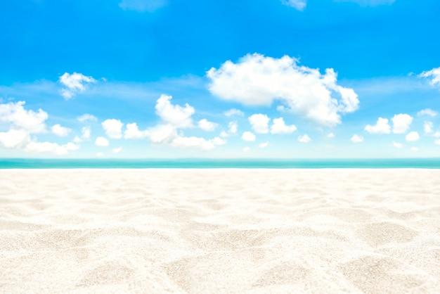 Weißer sandstrandhintergrund im sommer
