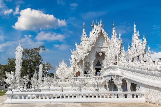 Weißer tempel (wat rong khun) in chiang rai, thailand