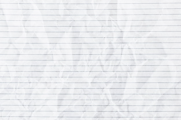 Weißer zerknitterter linierter papierhintergrund