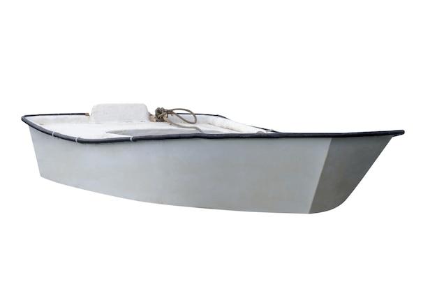 Weißes hölzernes fischerboot lokalisiert auf weiß