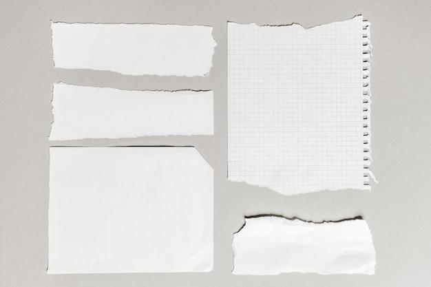 Weißes zerrissenes papier