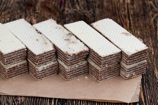 Weizenwaffeln mit schokoladenfüllung