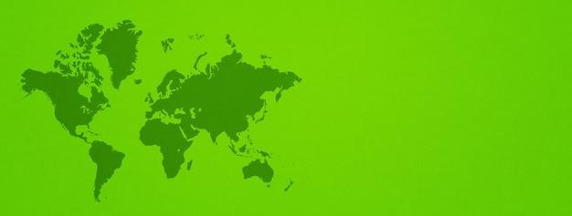 Weltkarte auf grünem wandhintergrund isoliert.