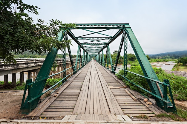 Weltkrieg memorial bridge in pai, provinz mae hong son, nordthailand