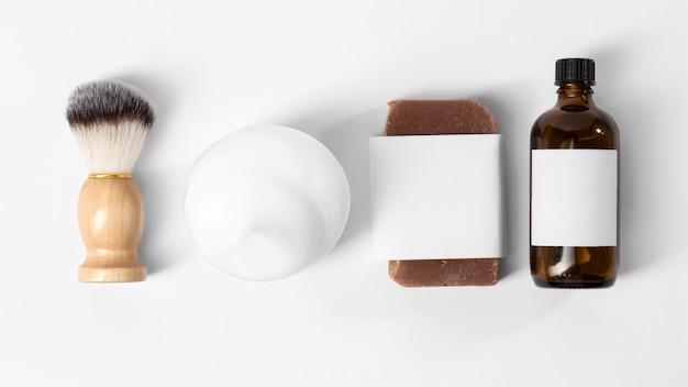 Werkzeuge zur pflege des bartes mit öl