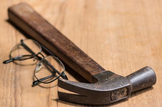 Werkzeugsatz des tischlers.