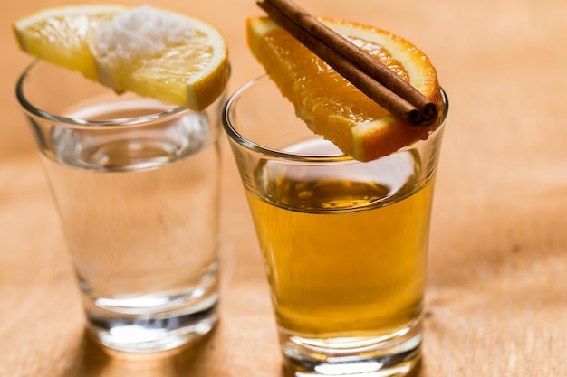 Whiskey und tequila