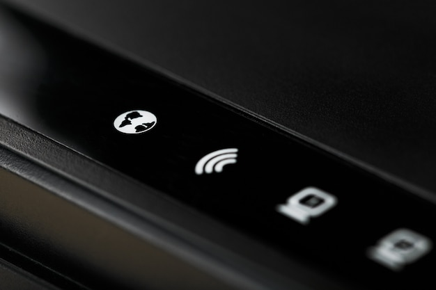 Wi-fi-router-anzeigesymbole für die makrosteuerung. netzwerksymbole dsl, internet, wlan, wps, lan und stromversorgung.