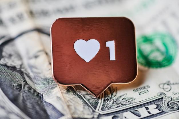 Wie herzsymbol auf dollarnoten