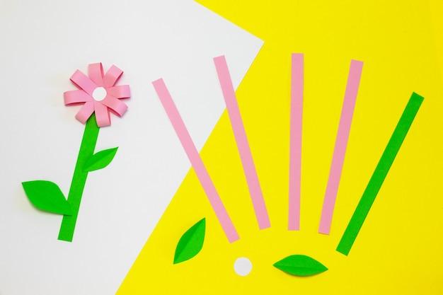 Wie man papierblume für grußkarte macht. schritt 1. kindergeschenk zum muttertag