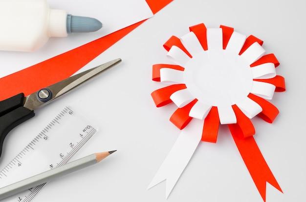 Wie man polnisches papier cotillion zu hause macht schritt für schritt anleitung schritt nationales symbol polens po