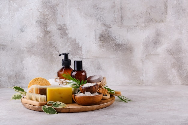 Wiederverwendbare hautpflege-accessoires für ein nachhaltiges lifestyle-konzept ohne abfall