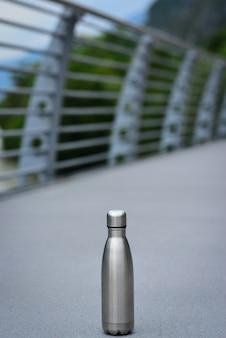 Wiederverwendbare wasserflasche wiederverwendbare wasserflasche aus edelstahl