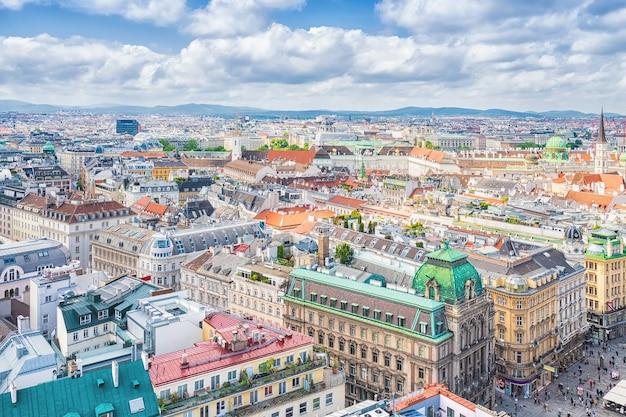 Wien von der aussichtsplattform des steffl-turms st. stephan