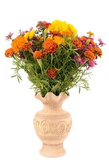 Wildblumen in einer vase