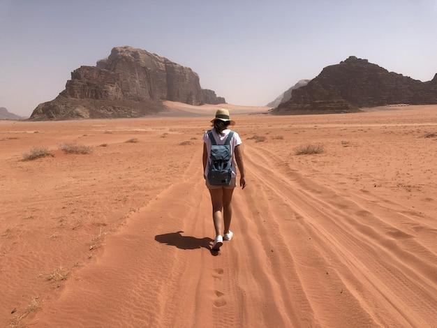 Wilder roter wüste wadi rum, arabisches jordanien.