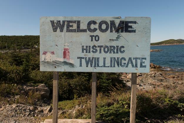 Willkommensschild an der küste, hillgrade, twillingate, south twillingate island, neufundland und labra