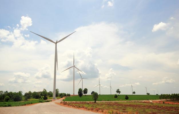 Windkraftanlagen erzeugen strom