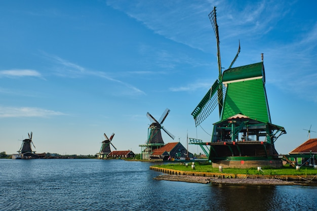 Windmühlen bei zaanse schans in holland. zaandam, nether
