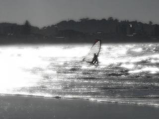 Windsurfer und strand
