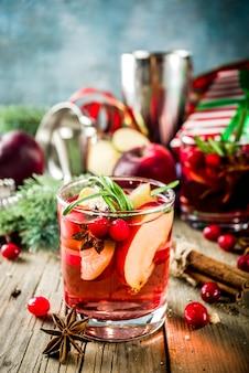 Winter heißen sangria-cocktail
