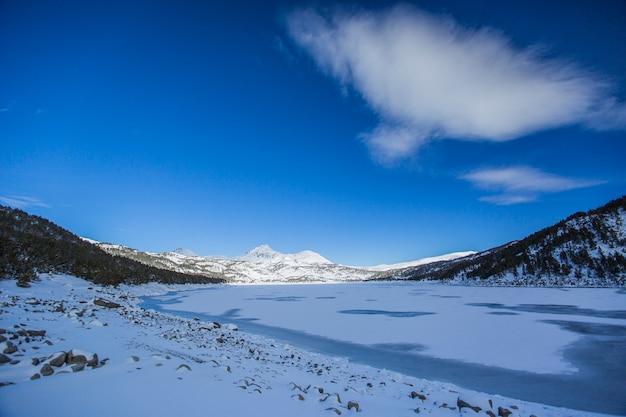Winter in capcir, pyrenäen, frankreich