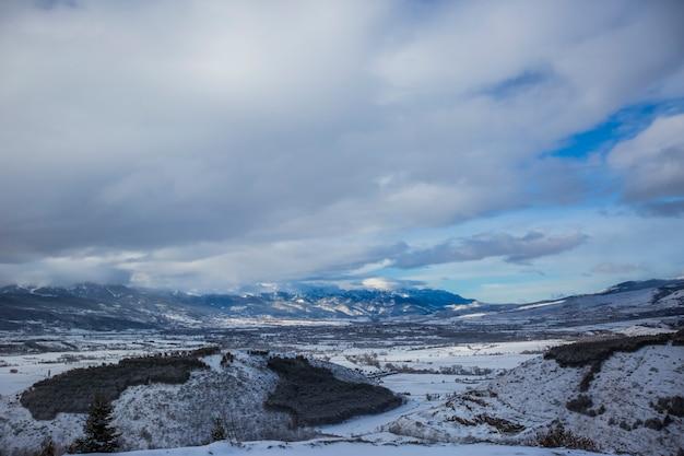 Winter in la cerdanya, pyrenäen, spanien