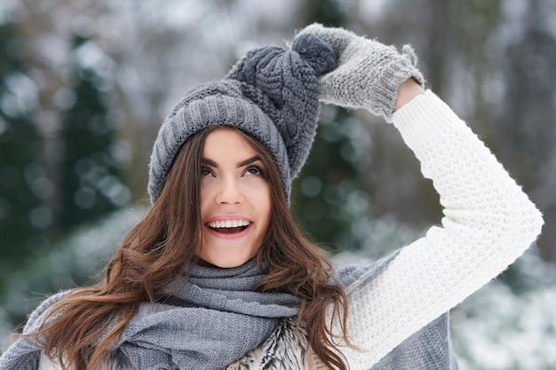 Winterkleidung spielt gerne streich