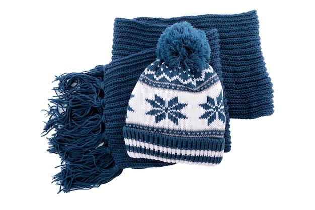 Wintermütze und schal