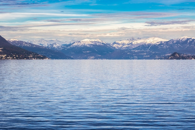 Winterübersicht am lago maggiore