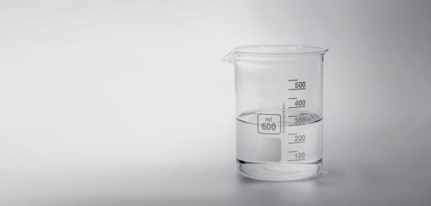 Wissenschaft und medizinische glaswaren und reagenzglas
