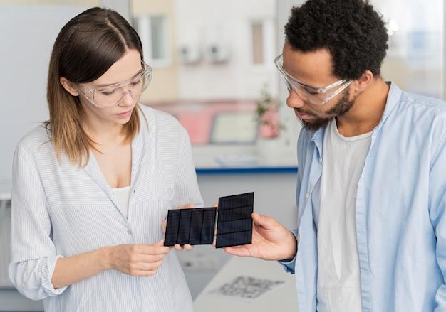 Wissenschaftler arbeiten an energiesparlösungen