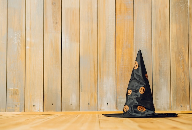 Witch hut mit jack-o-laterne muster