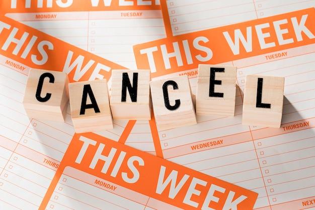 Wochenplan mit stornierter nachricht