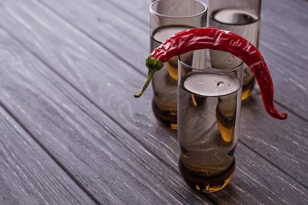 Wodka und paprikapfeffer