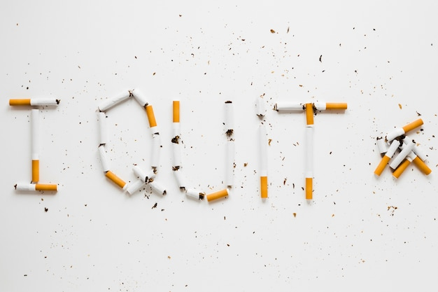 Wörter, die von cigarretes gemacht werden