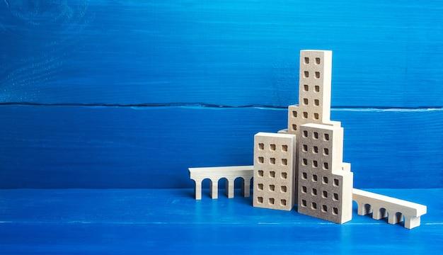 Wolkenkratzer bauen stadtfiguren.