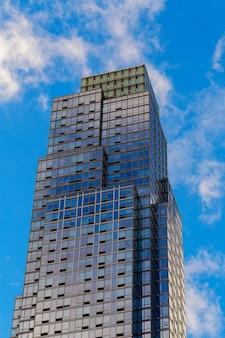 Wolkenkratzer-gebäude in new york city