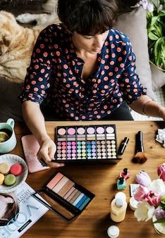 Womanism costomics beauty zubehör produkt