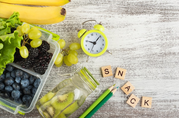 Wort snack und beeren