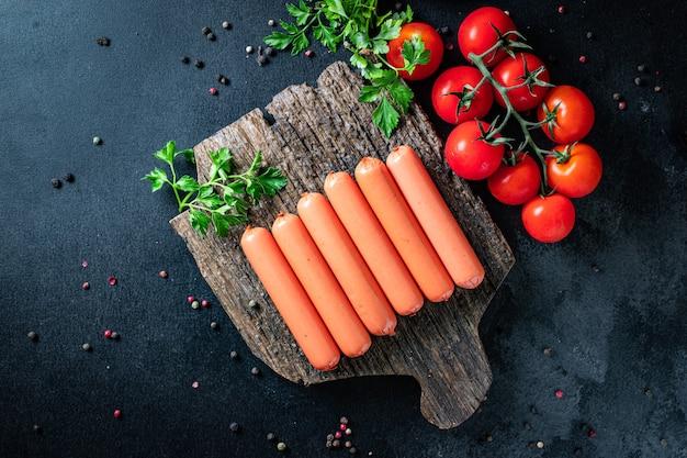 Würstchen seitan fleischloses weizenprotein klassischer geschmack vegetarischer oder veganer zweiter gang snack