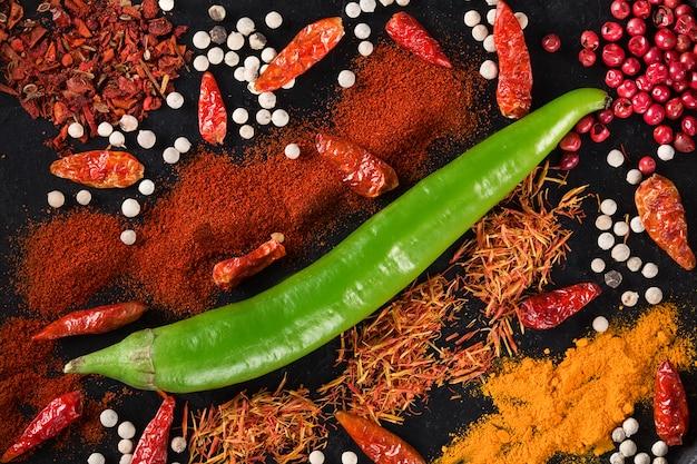 Würzig mit chili. ansicht von oben